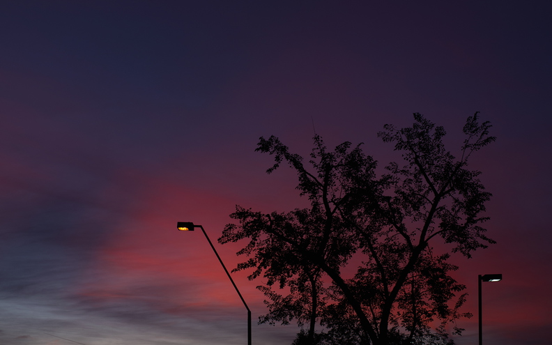 Sunset_Colors_with_Streetlights_s.jpg