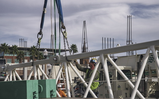 Assembling a crane in the city of Tempe 12