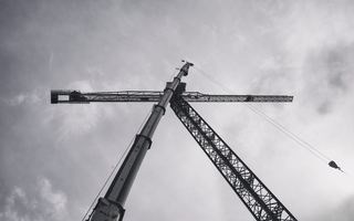 Assembling a crane in the city of Tempe 13