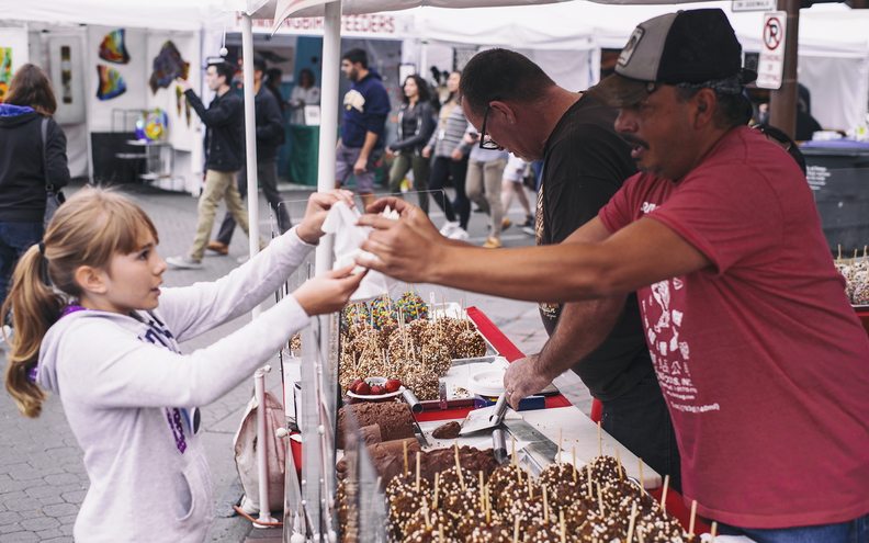 Tempe_Festival_of_the_Arts_Friday_San_Francisco_Chocolate_Factory_01.jpg